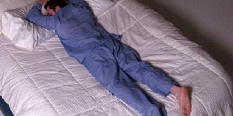 Yatarak iş imkanı! Profesyonel uykucu aranıyor
