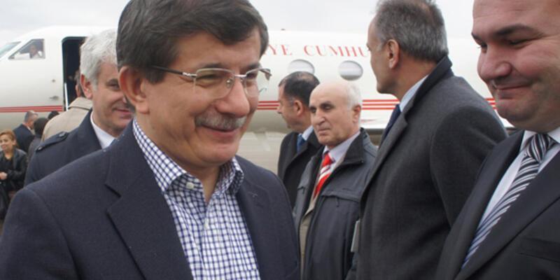 Ahmet Davutoğlu Gürcistan'da