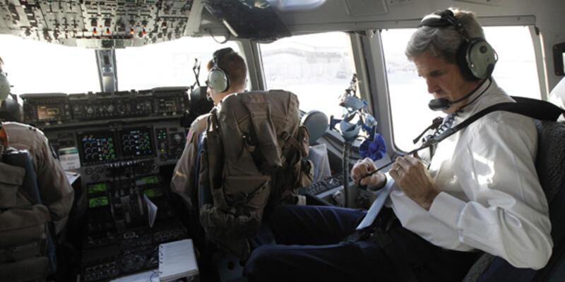 Kerry'den Afganistan'a sürpriz ziyaret