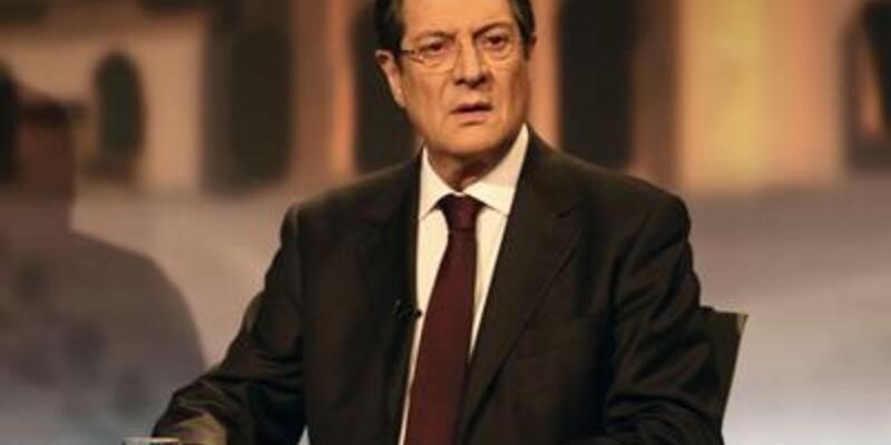 Güney Kıbrıs'ta vergi krizi