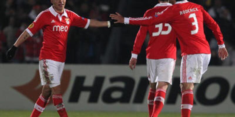 Benfica deplasmanda da kazandı