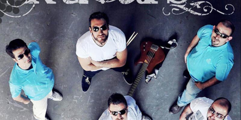 Kuvars'ın ilk albümü çıktı