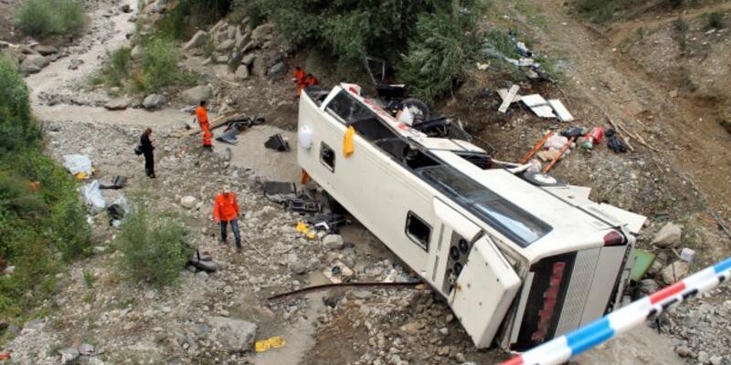 Vietnam'da otobüs kazası: 11 ölü
