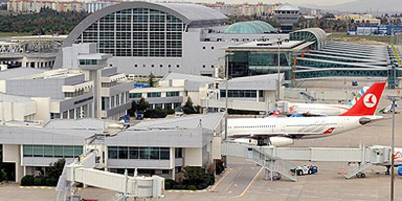 Adnan Menderes Havalimanı'nda yangın