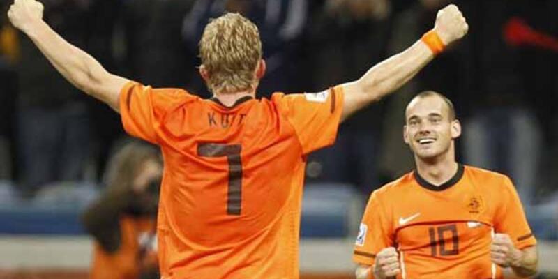 Sneijder ve Kuyt milli takıma çağrıldı