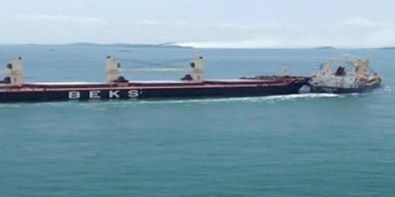 Türk gemisi Singapur Boğazı'nda çarpıştı