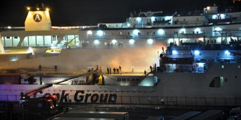 Ro-Ro gemisinde TIR yangını