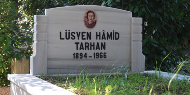 Kitabının telifiyle kahramanın mezarını yaptırdı