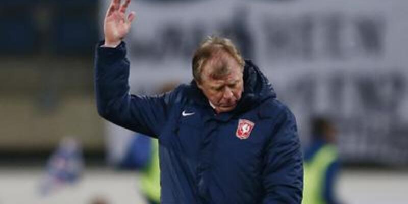 Twente'de McClaren istifa etti