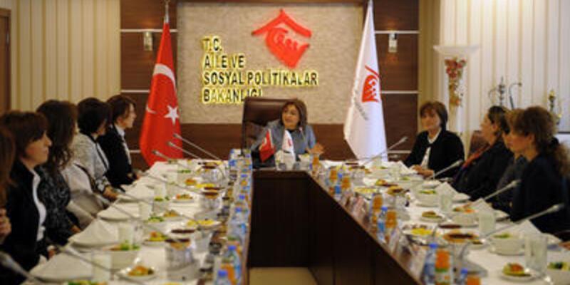 Fatma Şahin kadın CEO'larla görüştü