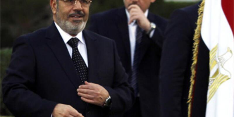 """Mursi'den 4 ay sonra """"kendiliğimden düzeltirim"""" açıklaması"""