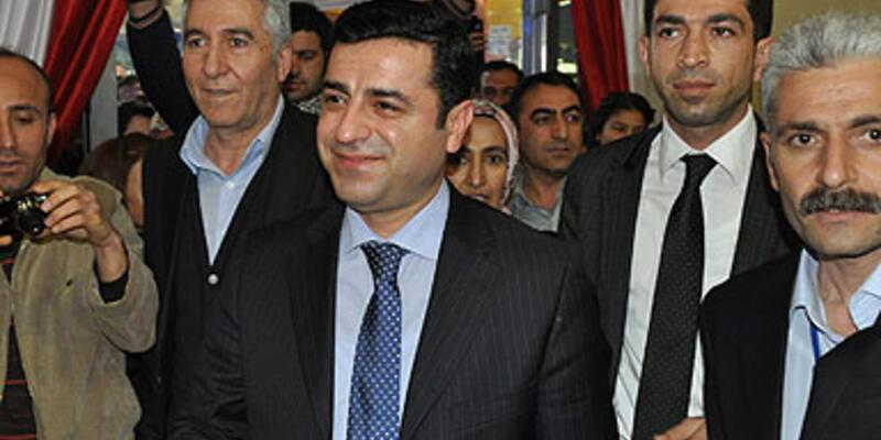 """Demirtaş'tan muhalefete """"destek"""" çağrısı"""
