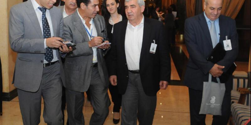 """Muhalifler """"Suriye'nin Dostları""""ndan çekiliyor"""