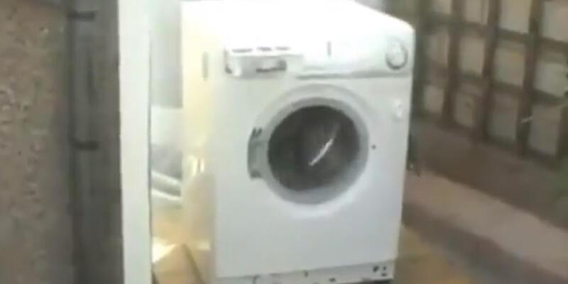 Harlem Shake yapan çamaşır makinesi