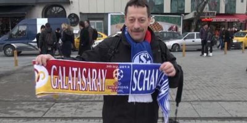 Schalke taraftarı Taksim'de