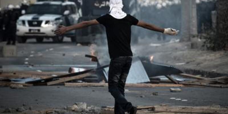 Bahreyn'de sokaklar gergin...