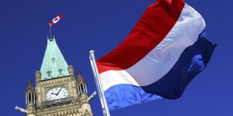 Hollanda ekonomisi yeniden resesyona girdi