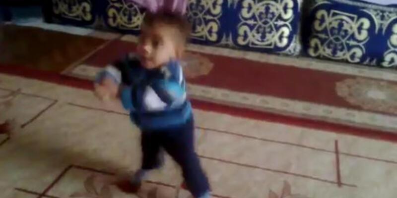 İlk önce Gangnam Style'ı öğrenen bebekler!