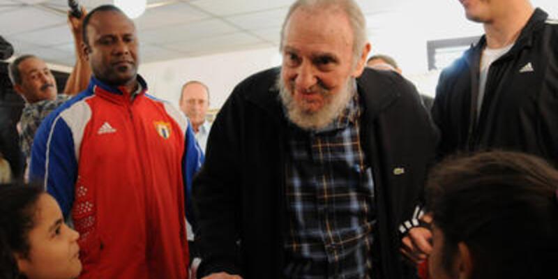 Fidel Castro'dan aylar sonra bir ilk!