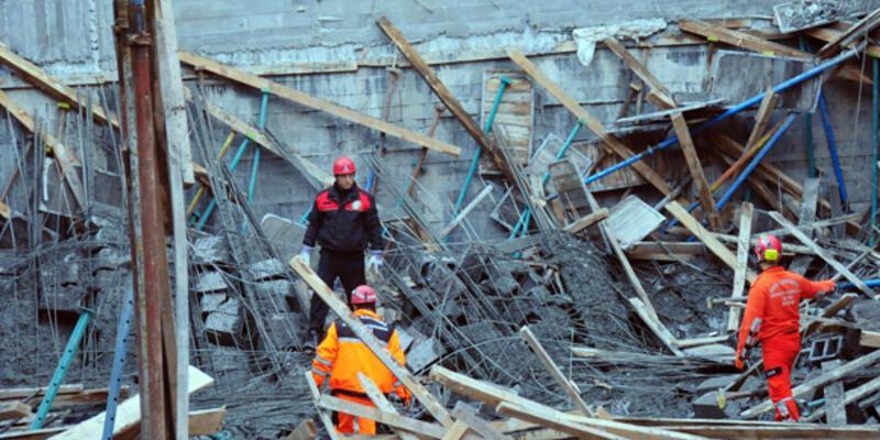 Adana'da 7 işçi göçük altında kaldı
