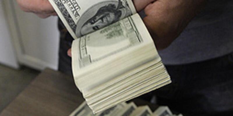 Dış ticaret açığı 7.1 milyar dolara geriledi