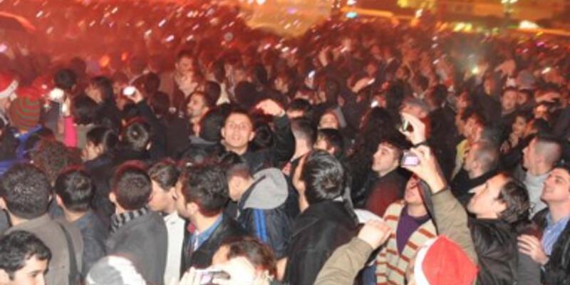 Taksim için 2 bin 500 polis