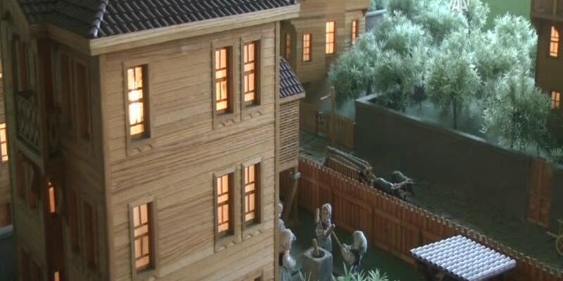 Bartın'ın tarihi evlerini maket yapıyor!