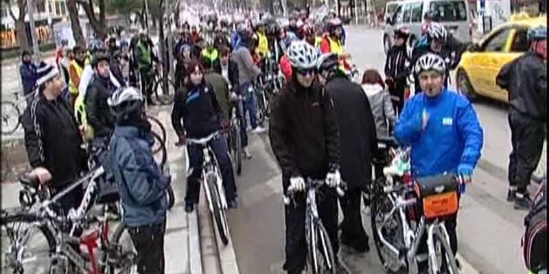 Bisikletseverler eylemde!