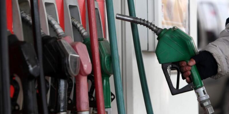 Benzin satışları yüzde 5,4 azaldı