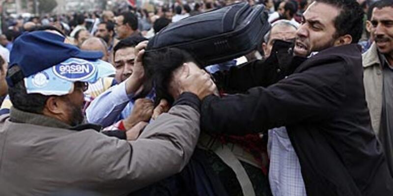 Mısır karıştı: 7 ölü