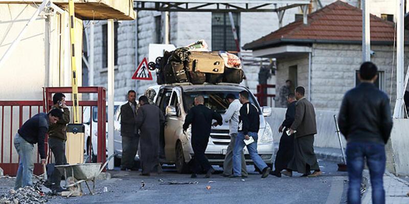 Suriyeli isyancılar Lübnan askerine ateş açtı