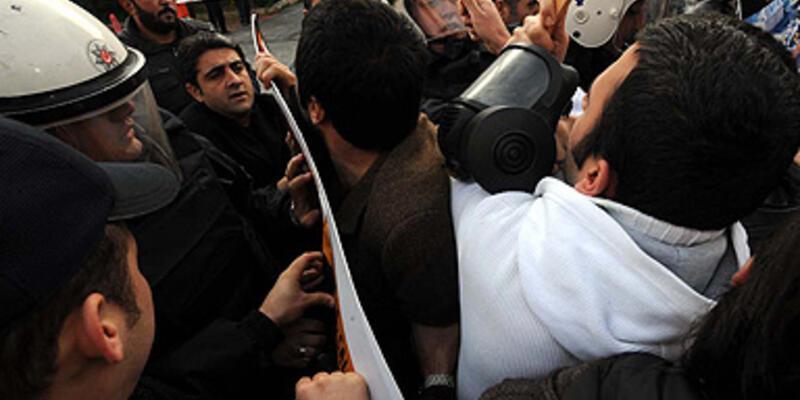 """Ulaşım"" protestosuna polis müdahalesi"