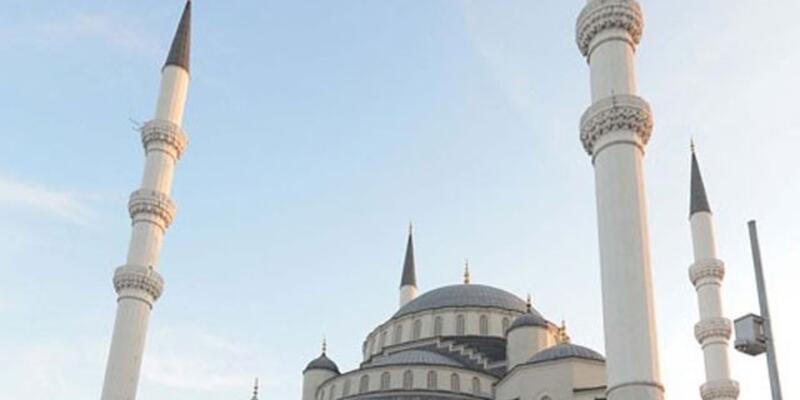 Göztepe Camii'ne yeni yer