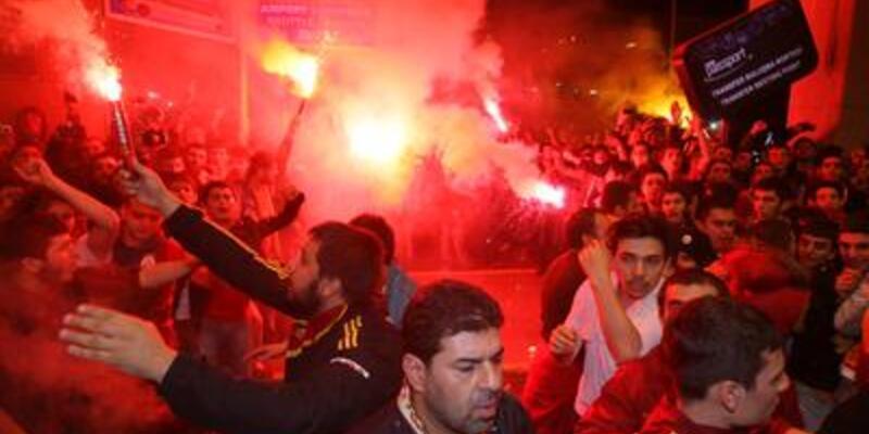 Galatasaray taraftarı İngiliz basınında