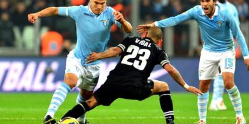 Serie A'da puan farkı sabit kaldı
