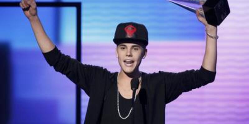 Yılın en iyisi Justin Bieber oldu