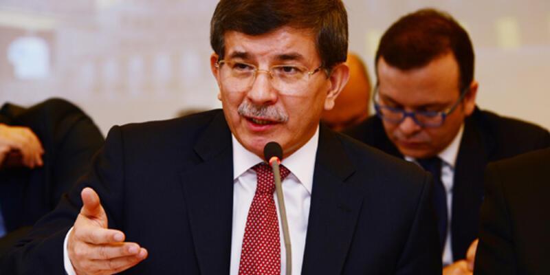 """Davutoğlu'ndan AB'ye uyarı: """"Seyretmeyin!"""""""