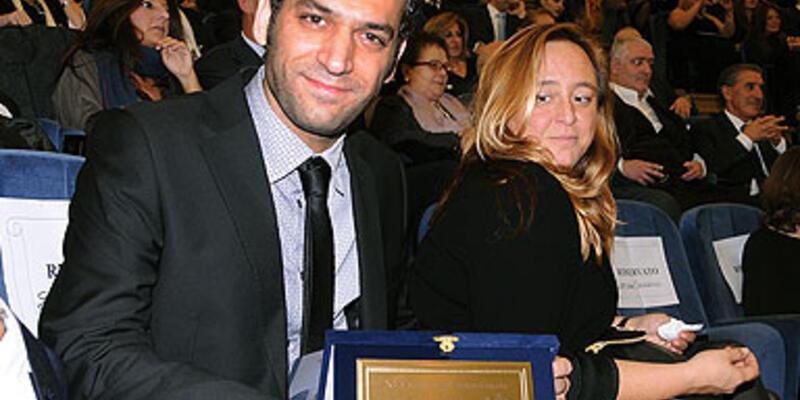 Türk oyuncu Murat Yıldırım'a Vatikan'da ödül