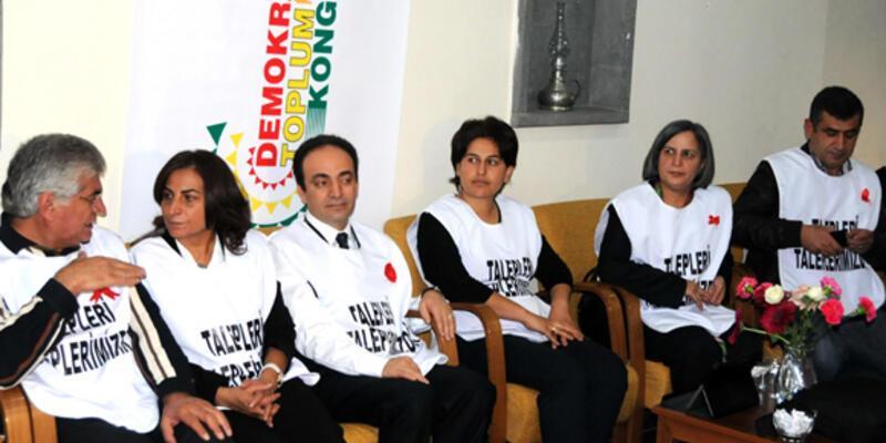 BDP'li milletvekilleri ve Osman Baydemir açlık grevinde