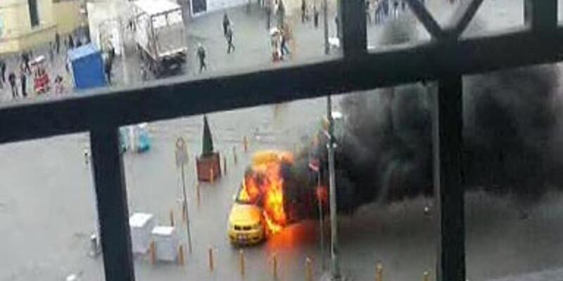 Polis ceza yazınca taksiyi yaktı!