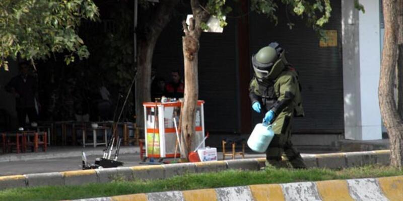 """""""Sivil cuma""""da bomba paniği"""