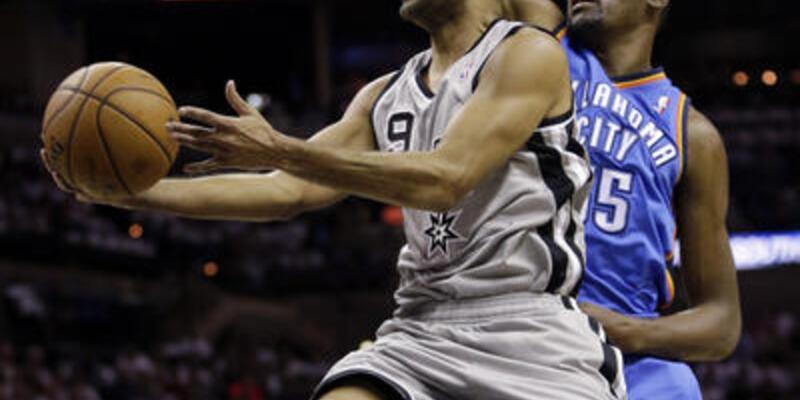 """Spurs """"fırtına""""yı dindirdi"""