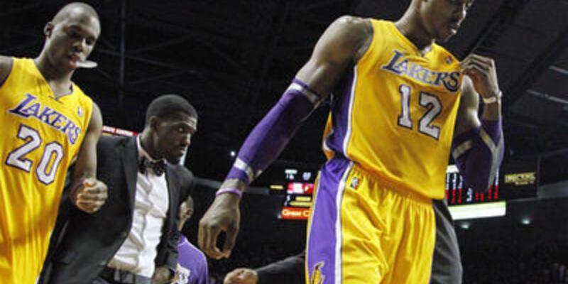 Lakers'ın içi boş çıktı