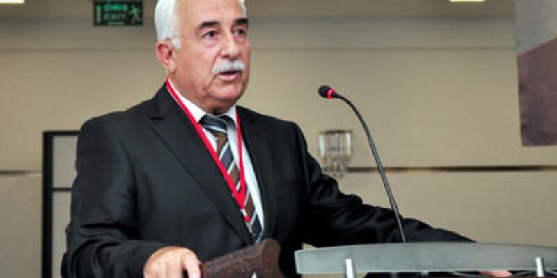 Yelken'de yeni başkan Ahmet Gençtürk