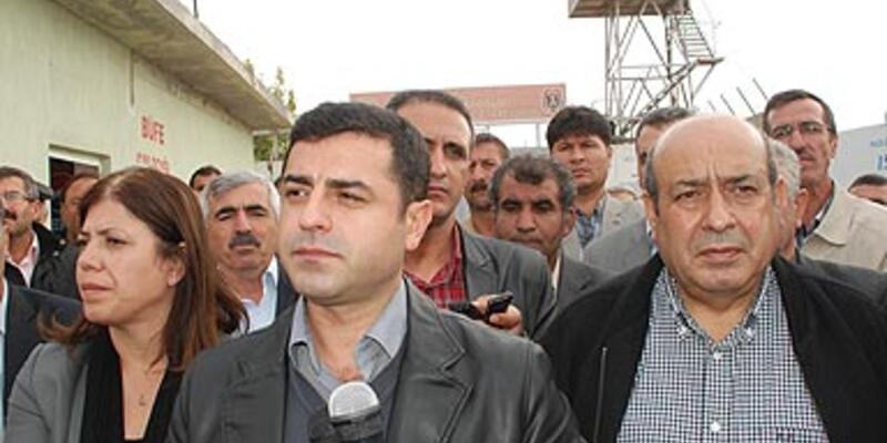 """Hükümetten """"Öcalan"""" izni istedi"""