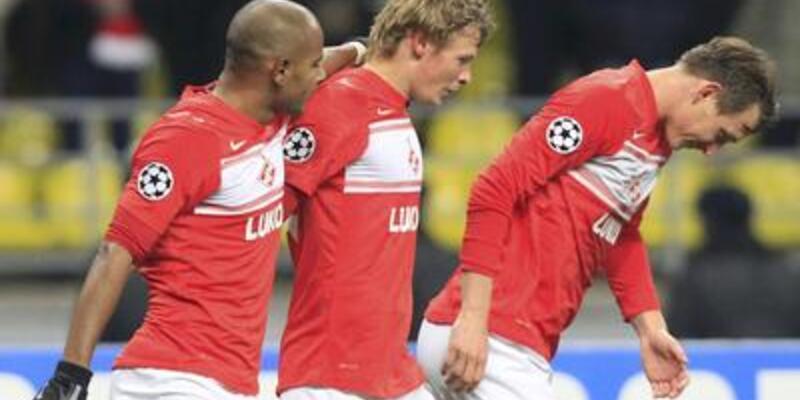Spartak, Benfica'yı ateşe attı