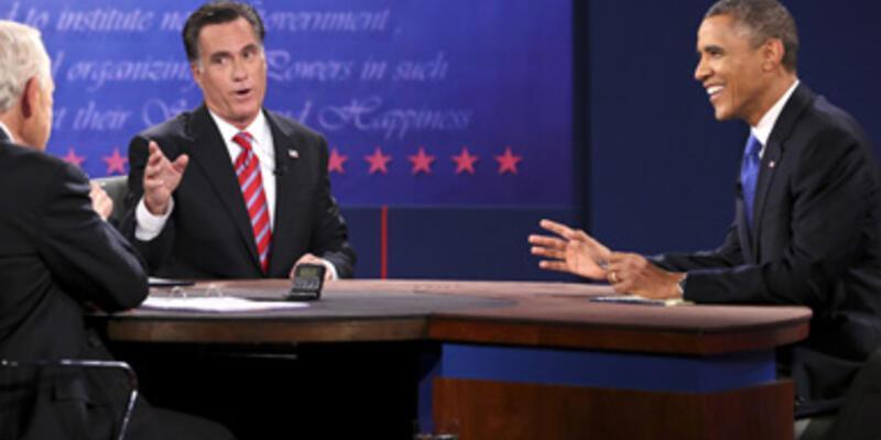 Obama ve Romney son kez kozlarını paylaştılar