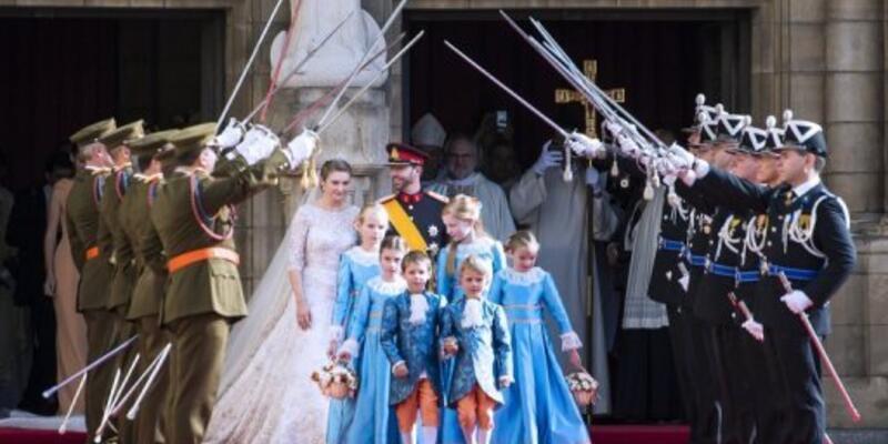 Lüksemburg Prensi ile Belçika Kontesi evlendi