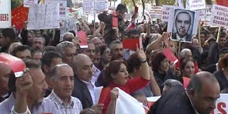 Bu kırmızı kartlar Başbakan Erdoğan'a