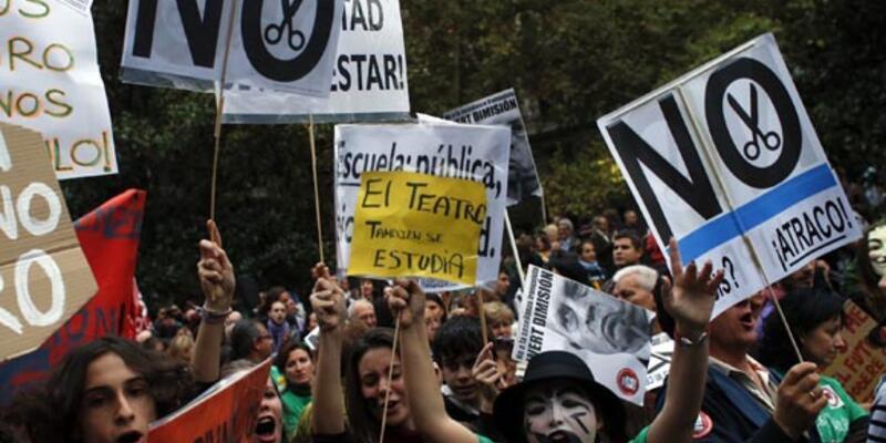 İspanya'da bu kez öğrenciler meydanda